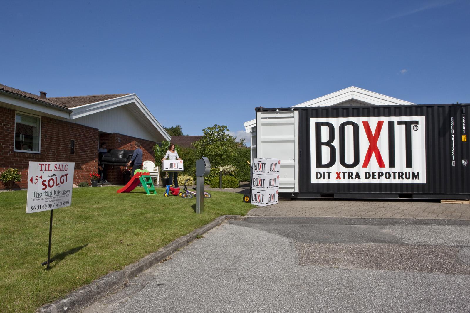 Billig flytning med BOXIT Flyttebox, flyttetrailer eller